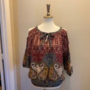 Umgee Anthropologie Cold Shoulder Top | Small